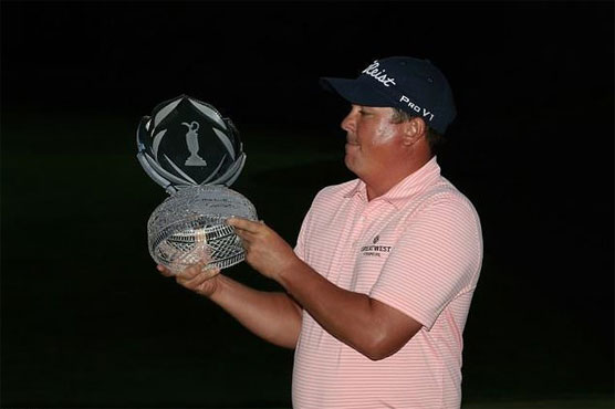 Sunday's roundup: Dufner wins Memorial after roller coaster weekend