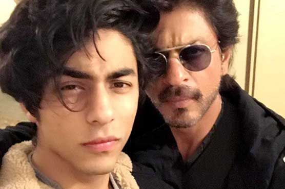 Shah Rukh Khan to miss IIFA Awards due to son's injury