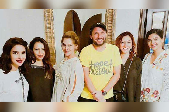 PHOTOS: Afridi attends star-studded suhoor