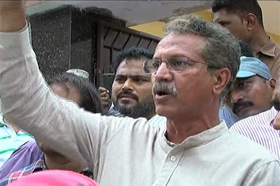 Karachi mayor joins protest against water crisis