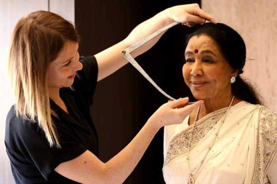 Asha Bhosle's wax statue to be placed at Madame Tussauds in Delhi