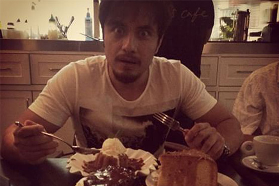 Dinner treat for Ali Zafar if Pak outshines India in CT final