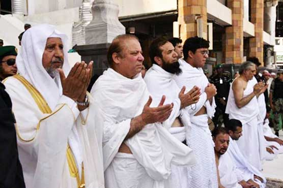 PM announces Rs10mn for each member of cricket team