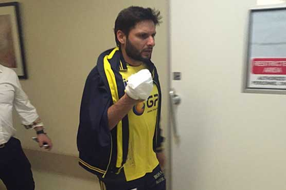Shahid Afridi ruled out of PSL final due to injury