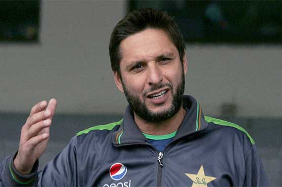 Shahid Afridi answers fans' questions live on social media