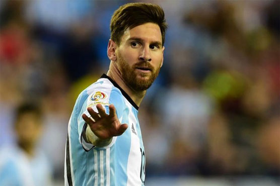 Football: FIFA lifts Messi four-game international ban