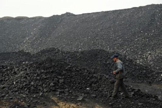 Gas leak kills 18 miners in China