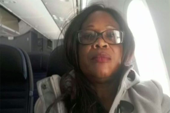 Woman stuck on plane to California rather than Paris