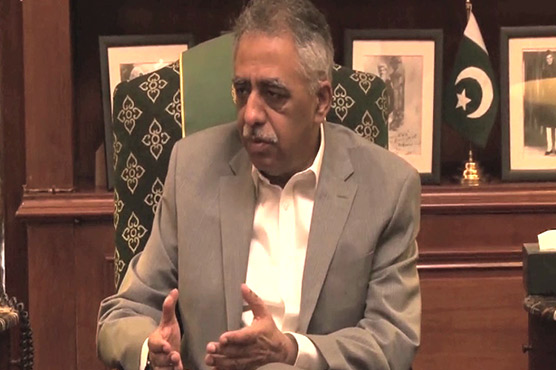 Sindh Governor claims talks successful, transporters deny