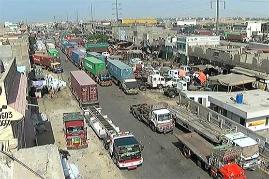 Goods transporters call off strike