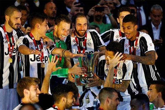 Football: Treble-chasing Juve beat Lazio to Italian Cup