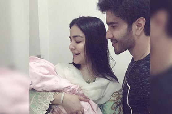 Humaima Malik posts photo of her newborn niece