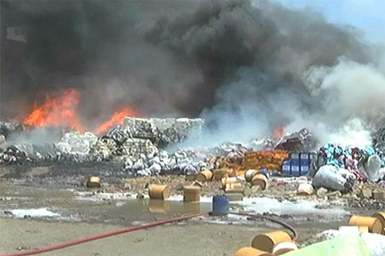 Karachi: Fire at chemical, plastic godown causes huge loss