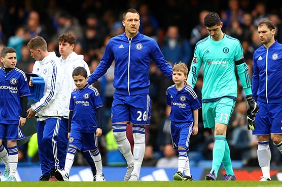 Chelsea legend Terry exits to guard of honour