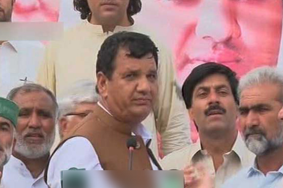 ANP, PTI clash forces Amir Muqam to end Swat address