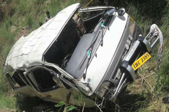 Four killed, eight injured as van falls into ravine in Rawalakot
