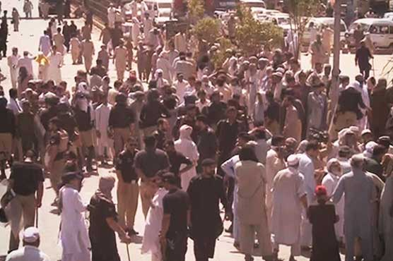 PTI workers storm Peshawar grid station