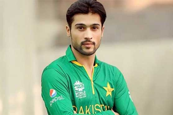 Usman Khan sidelined for six months due to stress fracture