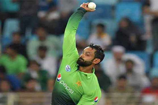 Pakistan's Mohammad Hafeez suspended after ICC finds bowling action illegal