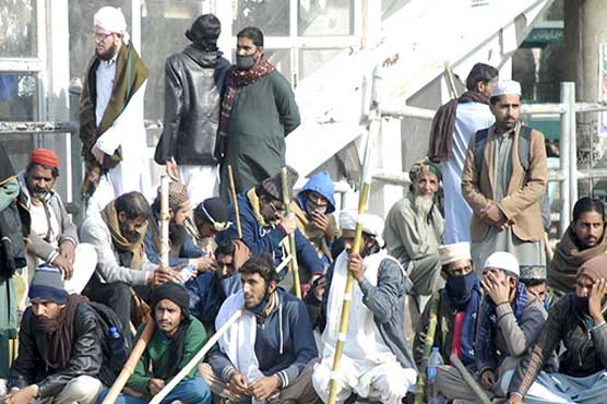 Islamabad protestors remain put as deadline to vacate Faizabad Interchange passes