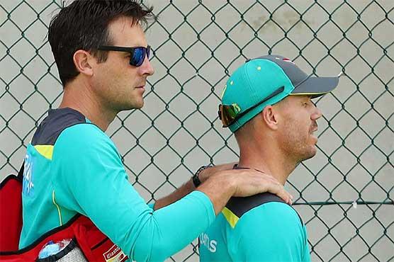 'Improving' Warner gets Ashes nod despite neck scare