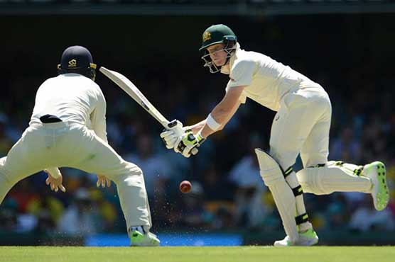 Smith hits dogged century as Australia close in on England