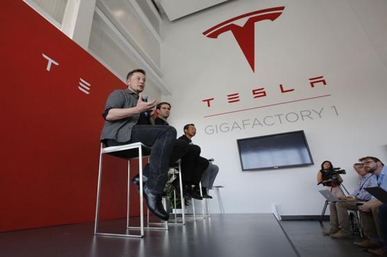 Tesla announces Semi prices, raises reservation cost to $20000