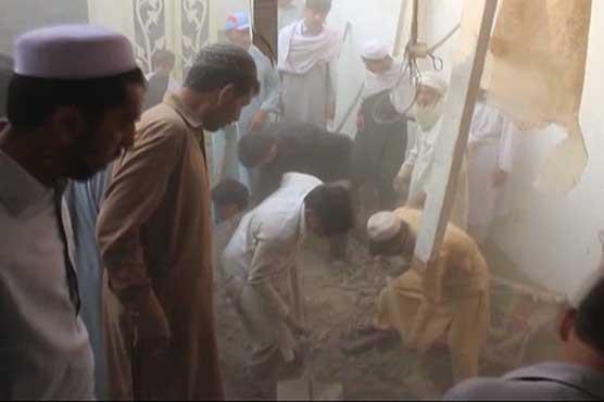 Roof collapse kills seven, injures 6 in Bajaur Agency