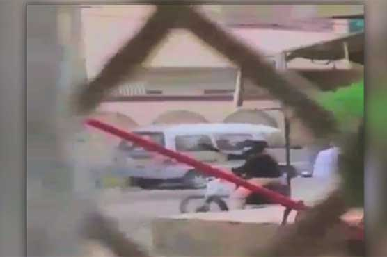 MQM's Khawaja Izhar survives assassination attempt, guard killed