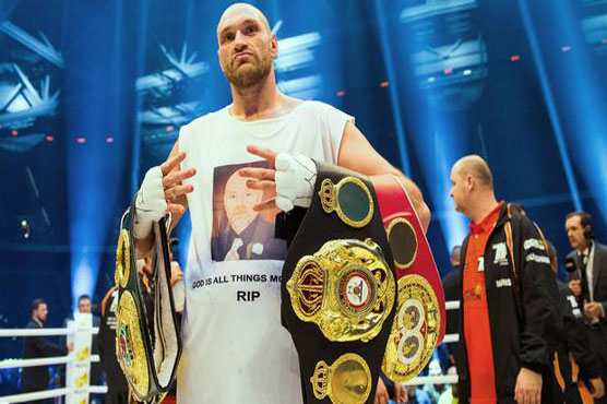 Former world heavyweight champ Fury to regain boxing license