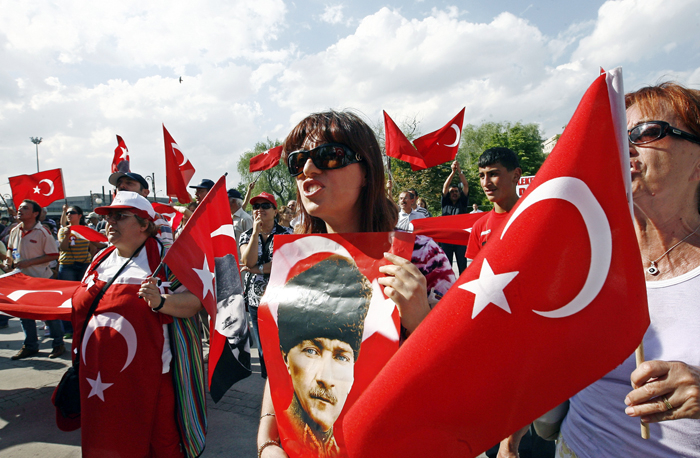 Turks abroad vote at record level in presidential, parliamentary elections