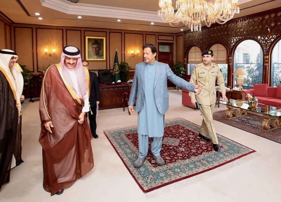 PM Imran meets HRH Sultan bin Salman bin Abdulaziz Al Saud in Islamabad 1