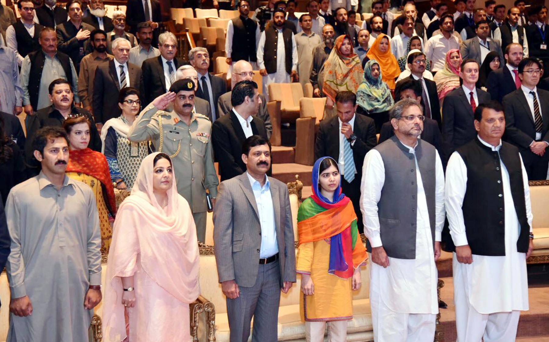 In pictures: Malala returns home - Pakistan - Dunya News
