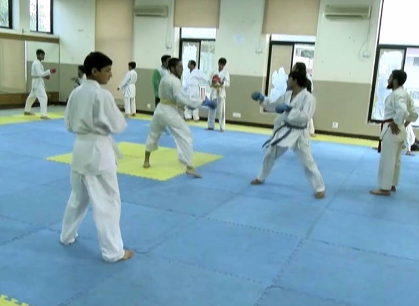 Meet Ibrahim: The Karate Kid from Peshawar - Sports - Dunya News