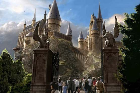 Hollywood conjures up Harry Potter theme park