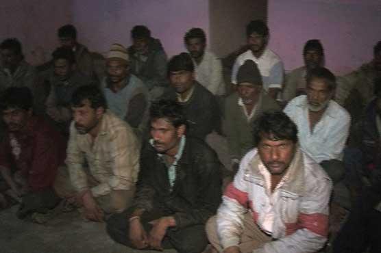Pakistan detains 24 Indian fishermen