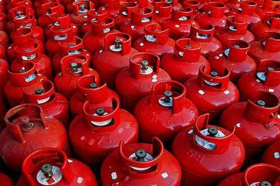 LPG price increased by Rs 10 per kg