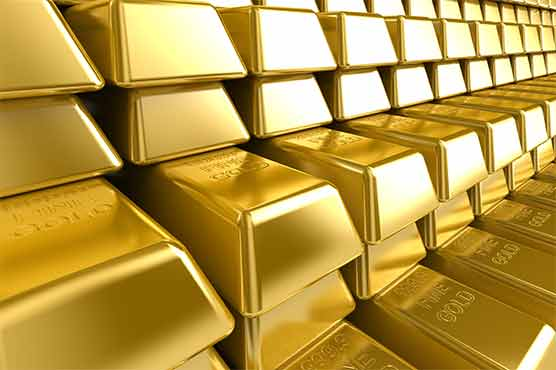 Gold price rises by Rs 700 per Tola