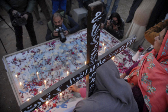 In pictures: Quetta church attack victims mourned