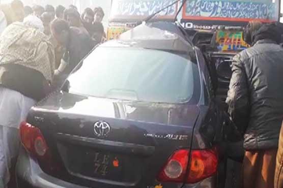 Four killed as speeding bus rams into car in Bahawalnagar