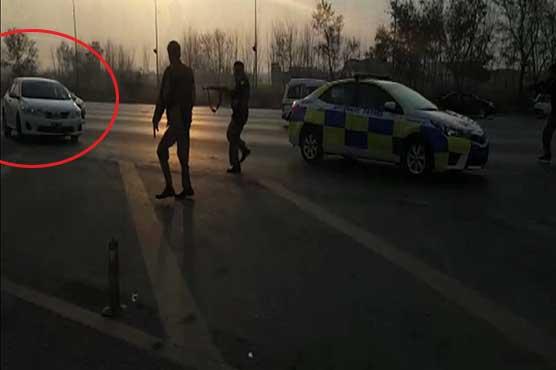 Police shoot at fleeing car near Peshawar Motorway toll plaza