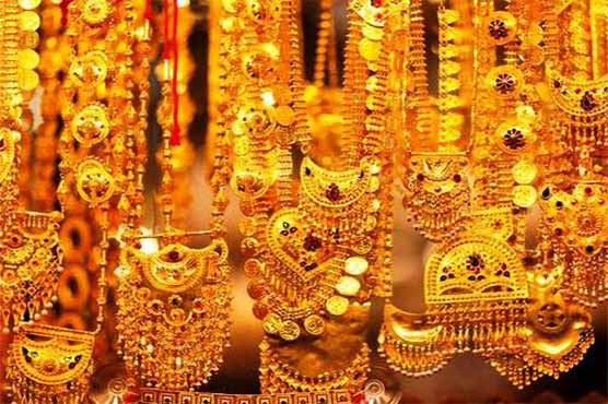Gold prices lower down by Rs 100 per tola