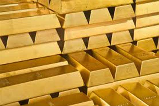 Gold price hiked by Rs 300 per tola