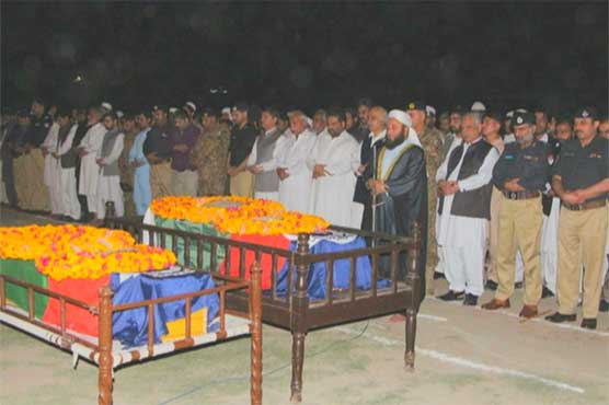 Funeral prayers of martyred policemen offered in Peshawar