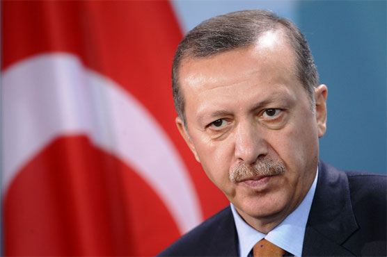 Erdogan ousts Turkey mayors in hope of poll boost