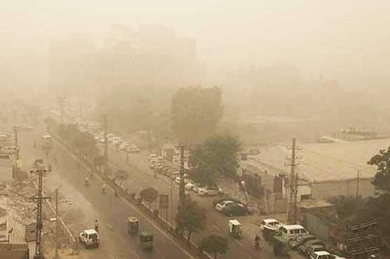 Smog envelops Peshawar after disrupting life in Punjab