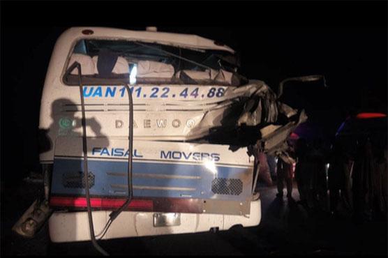 Four killed, eight injured in bus-trailer collision in Hasilpur