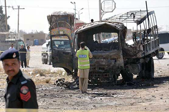 Suicide bomber targeting police vehicle kills seven in Quetta