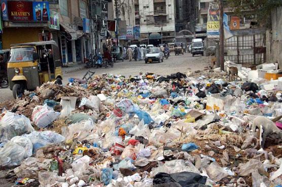 In pictures: Karachi's garbage problem