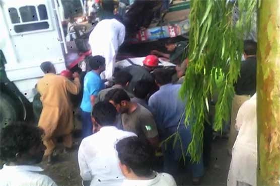 At least 11 killed in Layyah road mishap